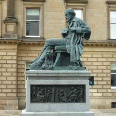 Statue to James Clerk Maxwell by Alexander Stoddart, George Street, Edinburgh, unveiled 2008.