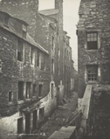 Upper College Wynd before demolitions, by Archibald Burns, 1871 (Scottish National Portrait Gallery)
